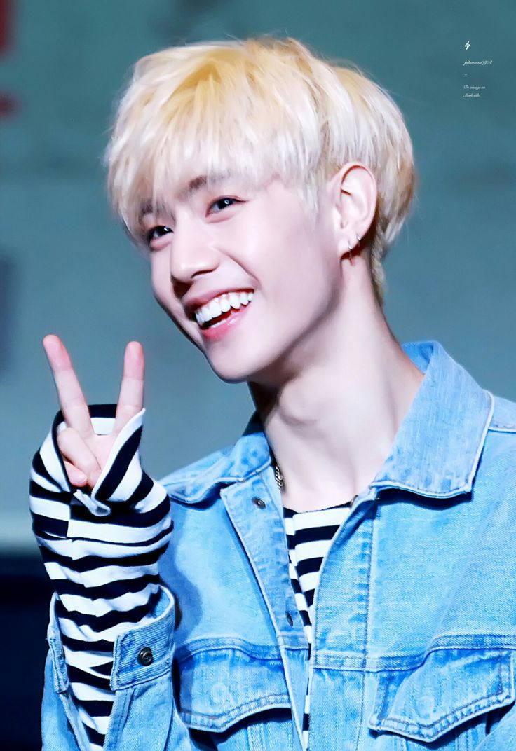 this smile...I don't know how to explain it #mark #Tuan #got7