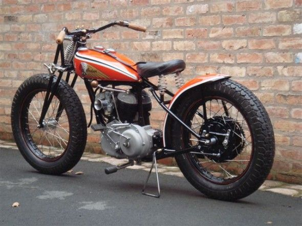 INDIAN Flat Track #motorcycles #flattracker #motos | caferacerpasion.com