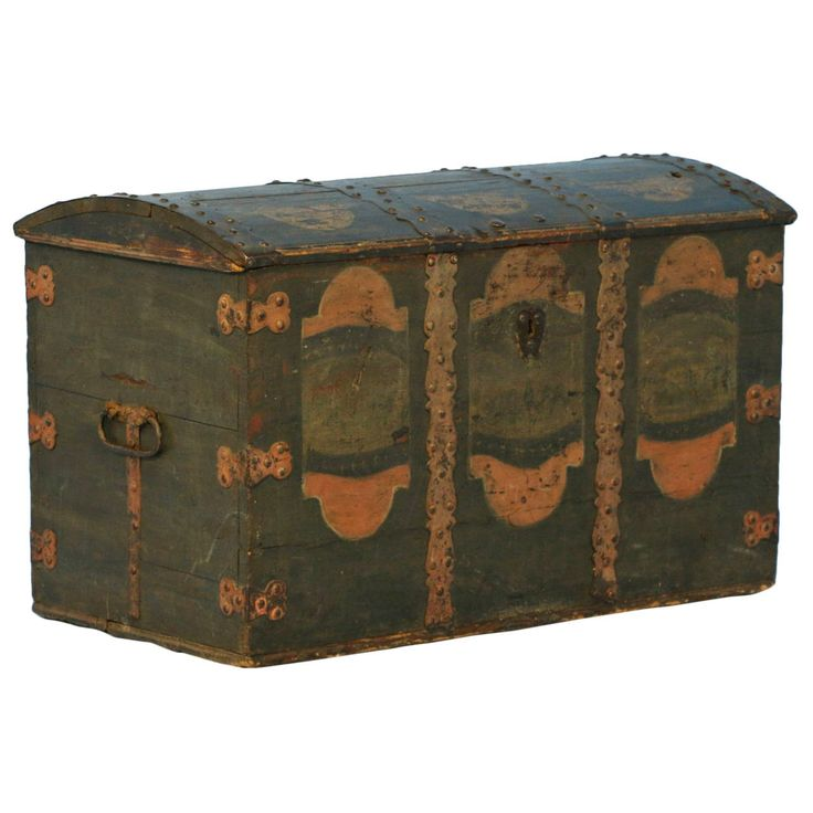 Antique Original Painted Trunk, Sweden, dated 1754 1.700 €