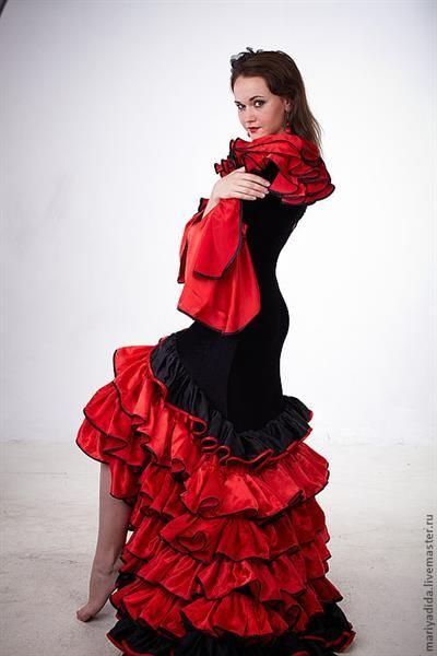 Flamenco костюмы