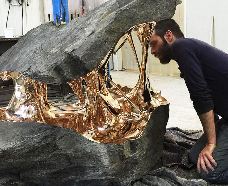 Romain Langlois is a self-taught sculptor who uses stretched bronze and stone to make these otherworldly sculptures.