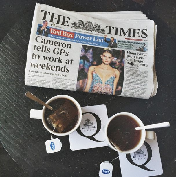 Before you launch yet another exciting day of London discovery, why not relax and sip comfortably your aromatic tea while perusing the morning paper at the Q Bar? Photo credit: very.beary via Instagram.