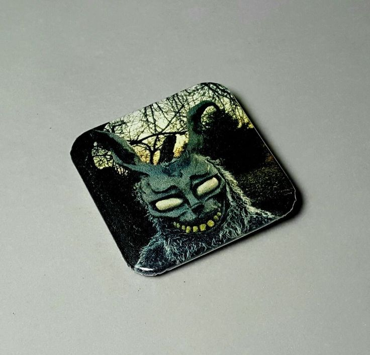 "Frank Bunny Donnie Darko Horror 80's Halloween 1.5"" Pinback Button Badge Pin"