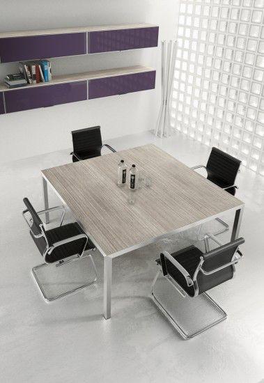cod. VR1801 - #tavolo #riunione #quadrato dim. cm. 160 x 160 adatto a ricevere fino ad 8 operatori. Struttura in metallo e top in melaminico robustissimo disponibile in diverse colorazioni.
