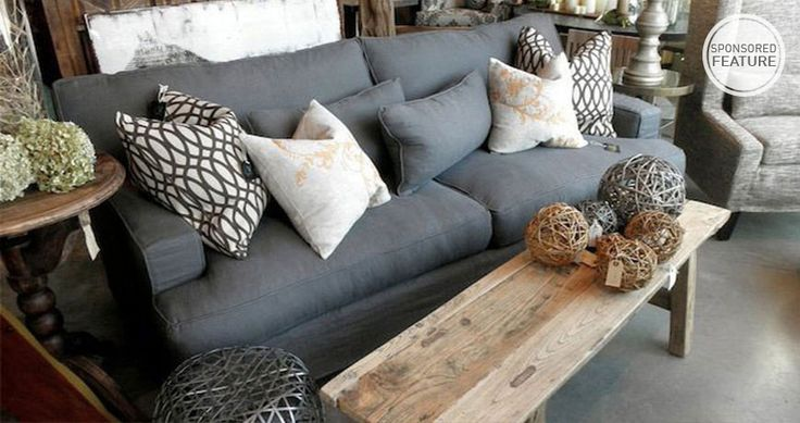 loooooove the charcoal sofa and natural table.