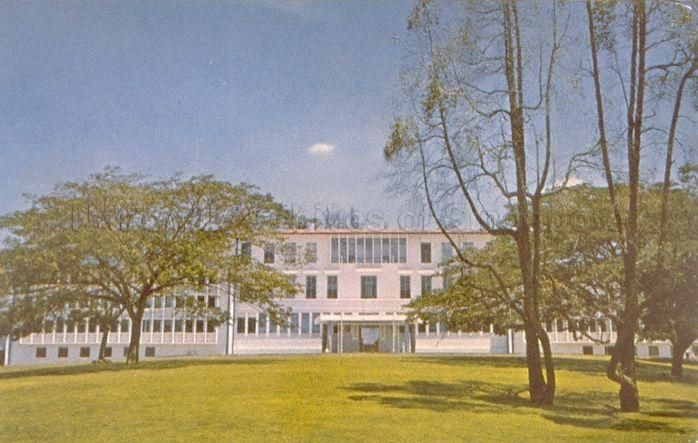 View of University of Singapore. The university was established in 1962 when the Singapore division of University of Malaya became known as the University of Singapore. It later merged with Nanyang University to form the National University of Singapore in 1980.  1962-1970