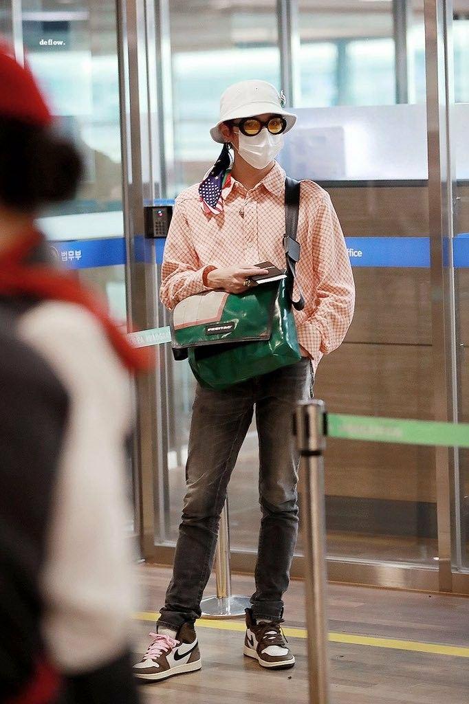 Taeyong In 2020 Fashion Kpop Fashion Kpop Outfits