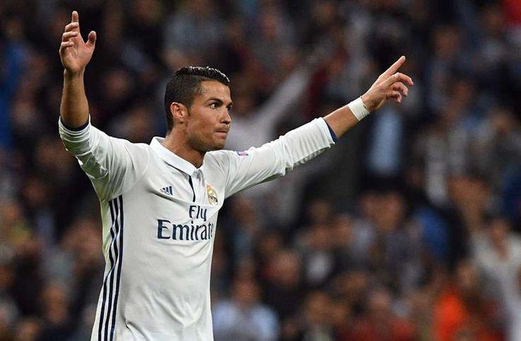 Jorge Mendes: Cristiano Ronaldo Ditawar 300 Juta Euro oleh Klub Cina -  https://www.football5star.com/liga-spanyol/real-madrid/jorge-mendes-cristiano-ronaldo-ditawar-300-juta-euro-oleh-klub-cina/100235/