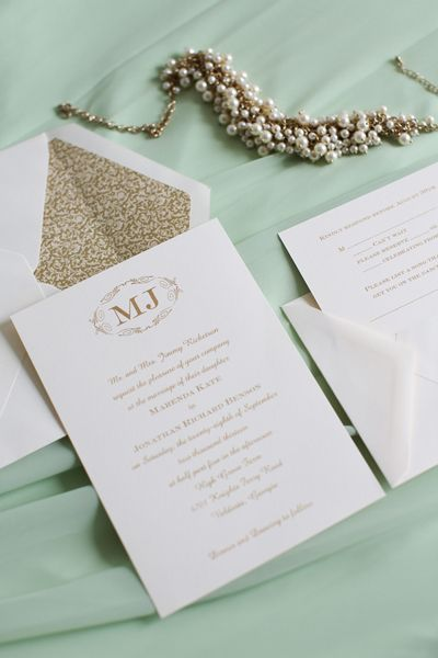 simple, classic invitation | Anna K Photography #wedding