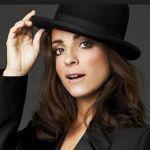 Scheda Biografica di Camila Raznovich http://www.newsofgossip.net/scheda-attrici-modelle/showgirls-e-soubrette/biografia-camila-raznovich-conduttrice-televisiva/