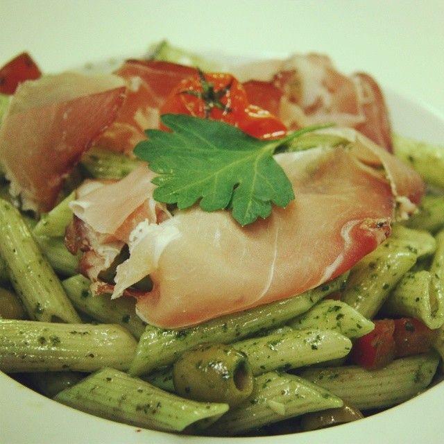 Plat du jour  www.lemidiminuit.fr #confluence #lyon #brasserie #pâte #bienmanger #cuisine #repas #resto #gourmand
