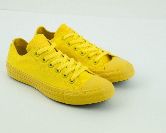 Zapatilla Converse amarilla