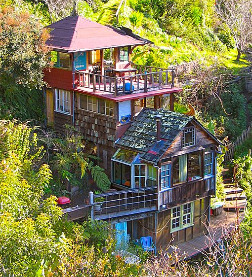 18 best images about glamping on pinterest santa cruz for Colorful tree house