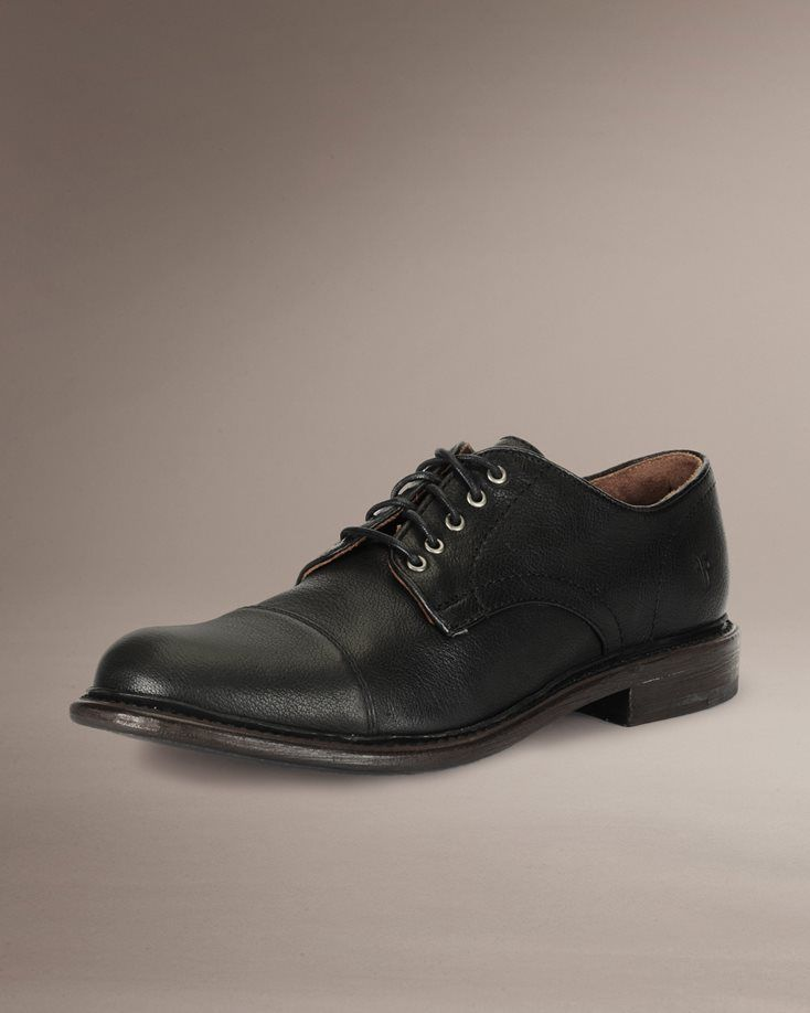 Mens Oxford Shoes & Classic Wingtip Shoes | The FRYE Company