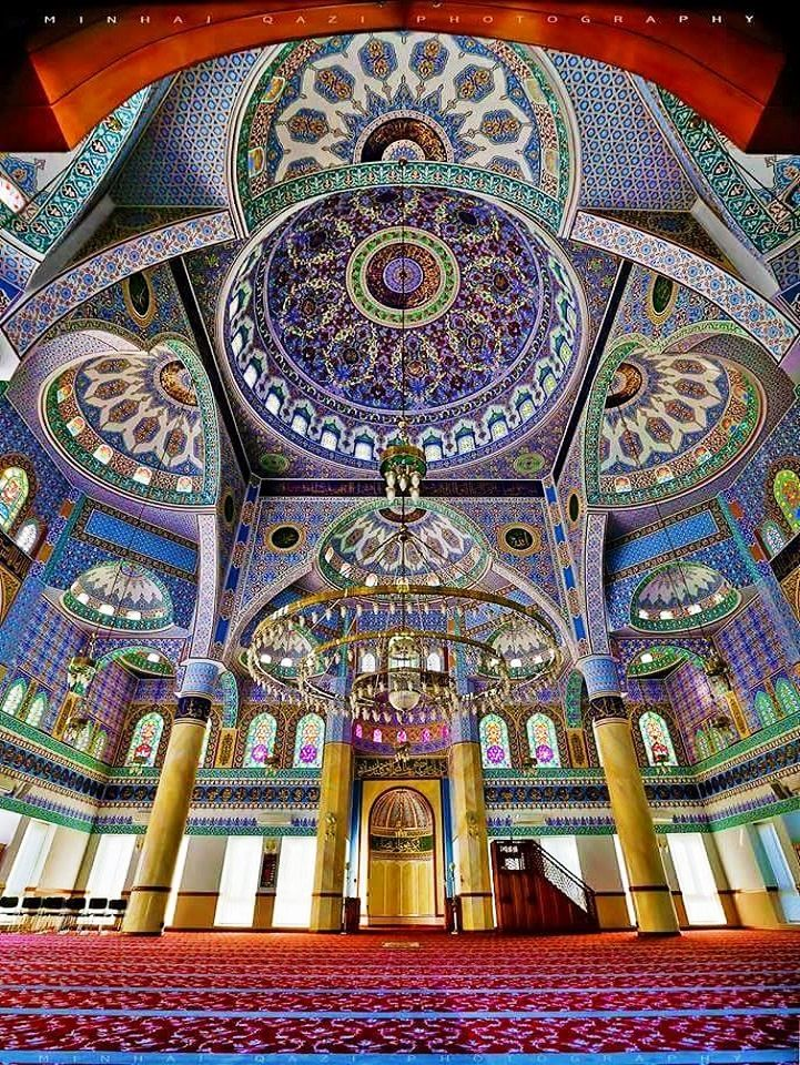 Inside Sukh Chayn Masjid, Lahore, Pakistan.