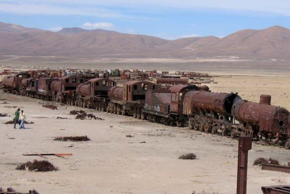 One of the major tourist attractions of southwestern Bolivia is an antique train cemetery. It is located 1.9 miles outside Uyuni and is connected to it by the old train tracks. The town served in the past as a distribution hub for the trains carrying minerals on their way to the Pacific Ocean ports.  The train lines were built by British engineers who arrived near the end of the 19th century and formed a sizable community in Uyuni. The rail construction started in 1888 and ended in 1892.