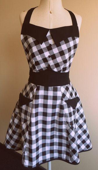 Black and white gingham apron... .Avental forrado, produzido em tecido 100% algodão. Jardin de Fil