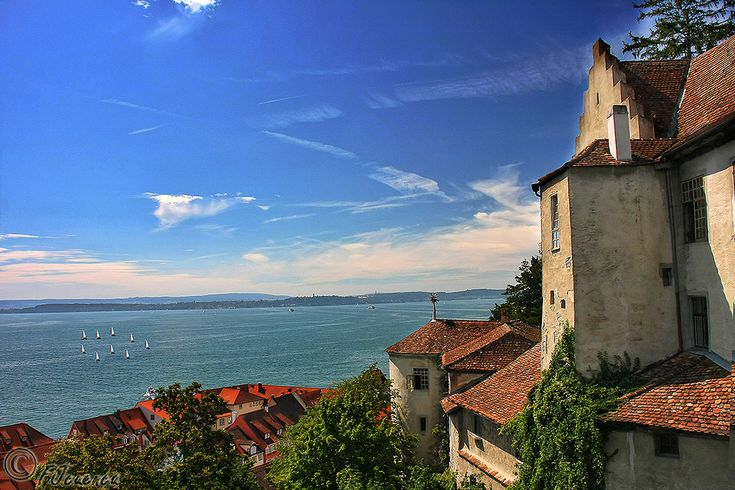 Ventana a Bodensee | Window to Bodensee LakeMeersburg, Baden-Wurttemberg, Germany