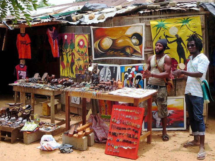 Souvenir vendors at the Hotel Campement de Kloto in the Forêt de Missahohe at Kouma-Konda village near Kpalime, Togo.