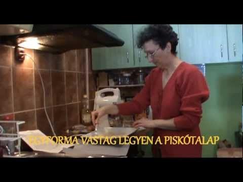 Az eredeti somlói galuska elkészitése - YouTube