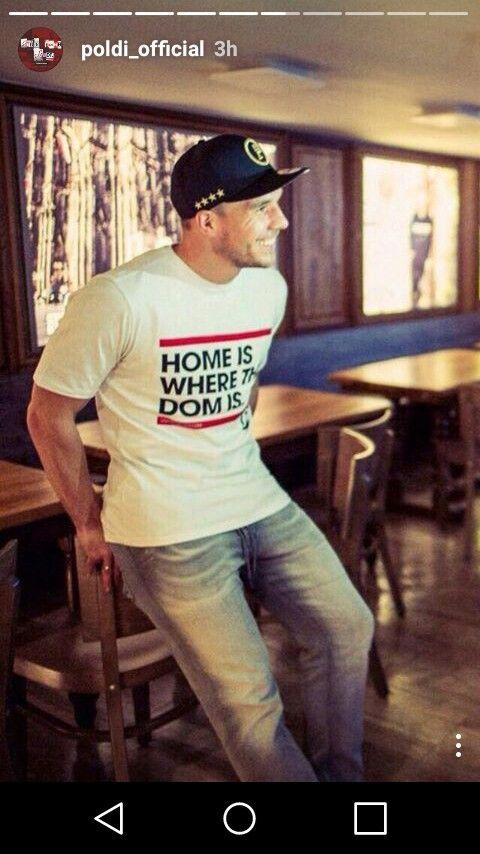 Lukas Podolski - Instagram story #aha #poldi #podolski #strassenkicker