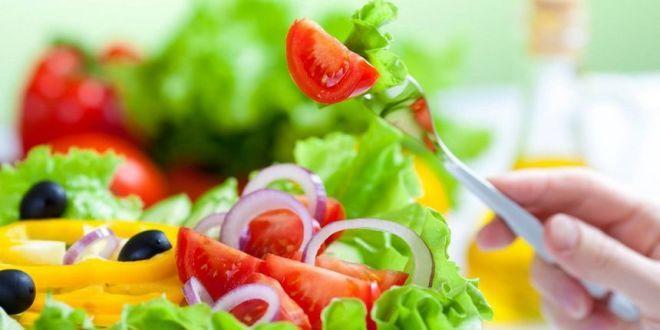 #Dieta dimagrante veloce: ecco come #perderepeso in modo sano. La #dietadimagrante è un regime alimentare volto a far perdere peso. Quanto ne sappiamo di #diete dimagranti? Sappiamo che non è sempre facile seguirle... >> http://www.portalebenessere.com/dieta-dimagrante-veloce/286/