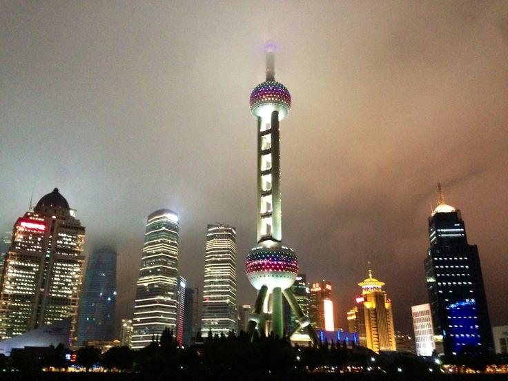 上海   Shanghai in 上海 www.luxuryitalianbrands.com