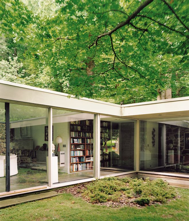 """Marcel Breuer Hooper house. The courtyard captures nature within the embrace of the house, a """"room"""" of green that is simultaneously indoors and outdoors."""