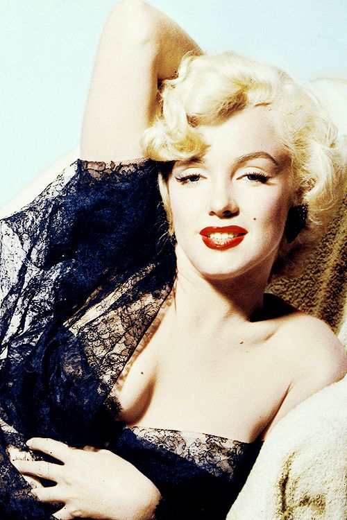 MARILYN MONROE FAVORITE COLOR