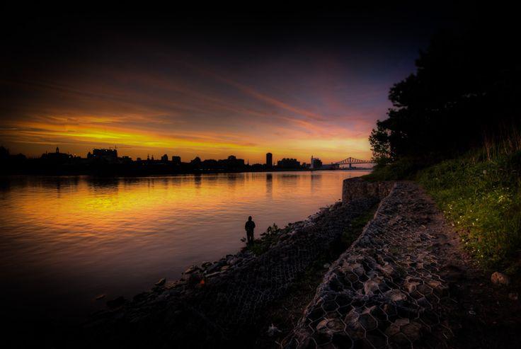 Montreal sunset from Parc de la Cité du Havre