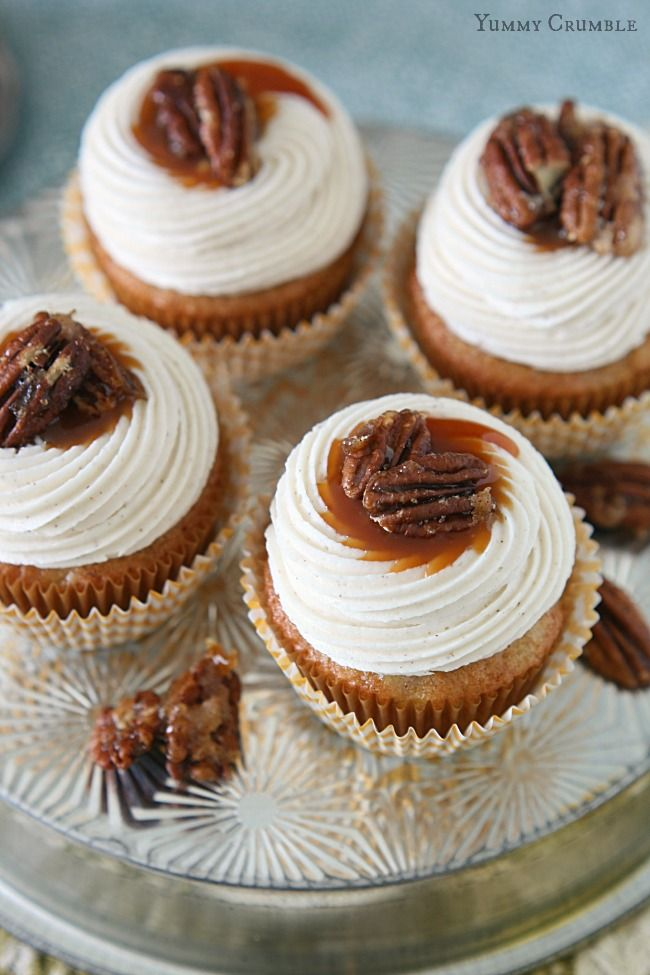 Salted Caramel Hummingbird Cupcakes with Cinnamon Cream Cheese Frosting and Candied Pecans