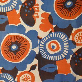 pattern orange blue: Color Palettes, Floral Patterns, Floral Prints, Floral Design, Textiles, Japanese Style, Blue Flower, Colour Palettes, Flower Patterns