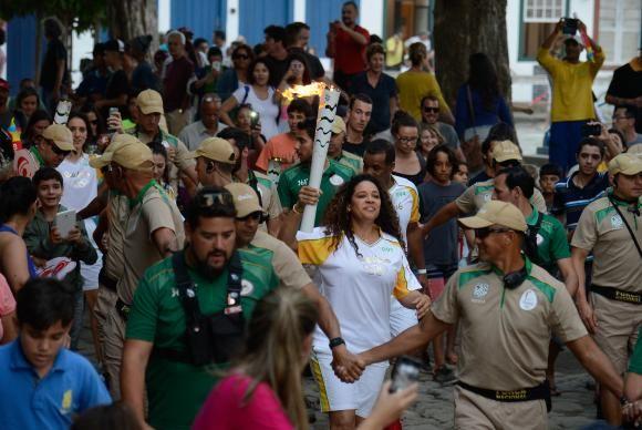 """BLOG ÁLVARO NEVES """"O ETERNO APRENDIZ"""" : CHAMA OLÍMPICA CHEGA AO ESTADO DO RIO, VEJA AS DAT..."""