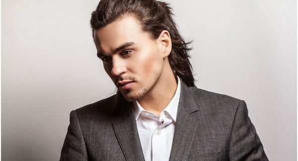 Cara meluruskan rambut pria sangat mudah. Anda cukup menggunakan produk alami. rambut keriting dan bergelombang akan lurus alami dan permanen