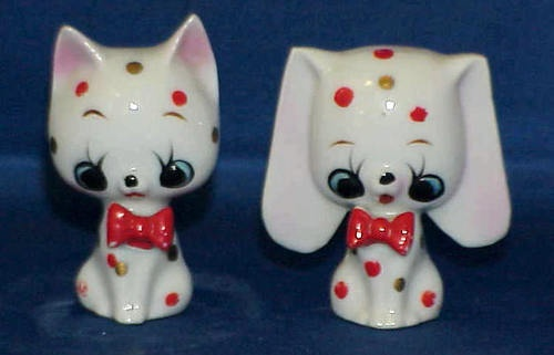 Vintage Polk A Dot Dog And Cat Salt And Pepper Shakers