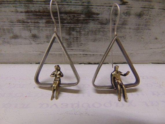 Triangle Minimal Handmade EarringsSitting by pepeyoyojewellery