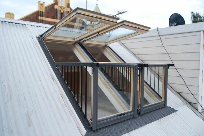 les 25 meilleures id es de la cat gorie lucarne de toit. Black Bedroom Furniture Sets. Home Design Ideas