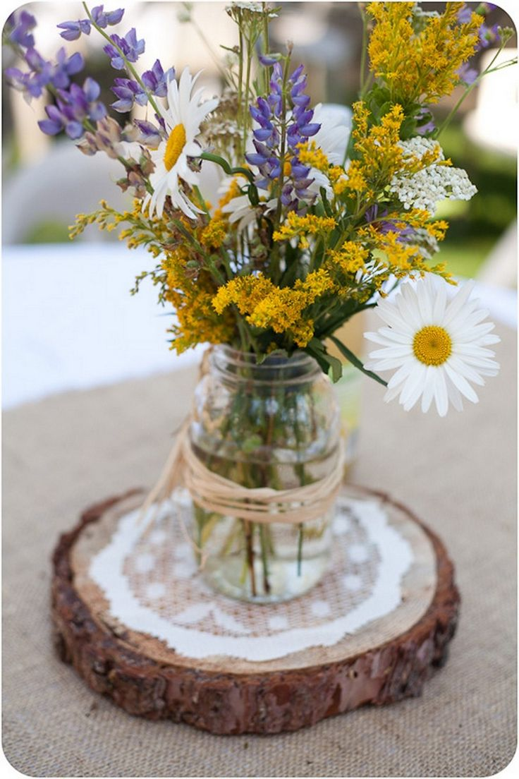 awesome 99 Incredible DIY Log Centerpieces Wedding Decoration Projects http://www.99architecture.com/2017/03/28/99-incredible-diy-log-centerpieces-wedding-decoration-projects/