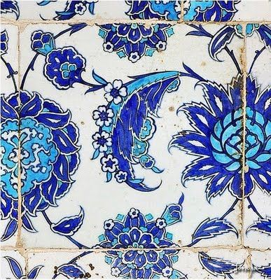Las palabras mágicas: Lately in love with: Turkish Izmir tiles in Istanbul