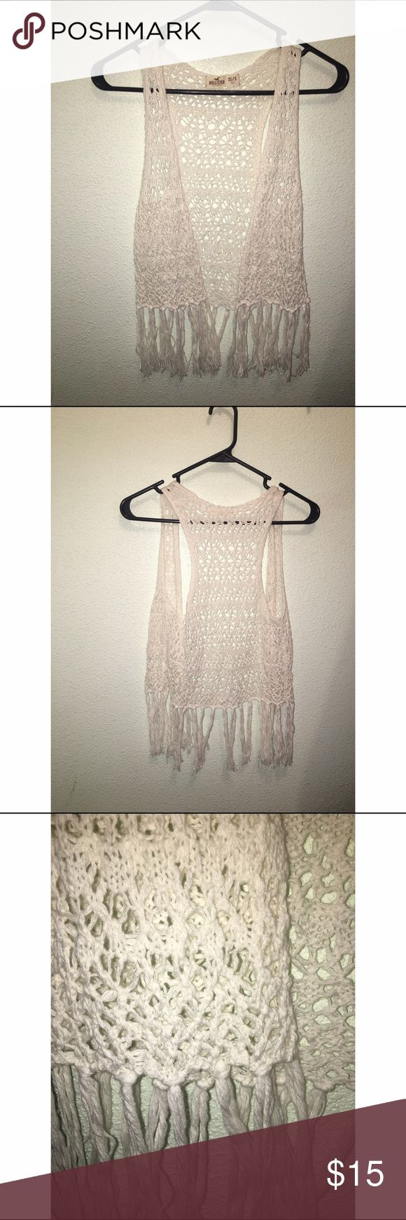 Hollister Sleeveless fringe •Hollister! Looks cute over anything! XS/S •Condition: great condition! SALE is FINAL  •Please feel free to make offers! ✅  •NO ❌🅿️🅿️or Ⓜ️erc❌ •I am able to model (almost all of) items I have posted! If I haven't already- just ask 😊  •Measurements & more pictures available upon request!  •FREE GIFT INCLUDED 🎁 Hollister Sweaters Shrugs & Ponchos
