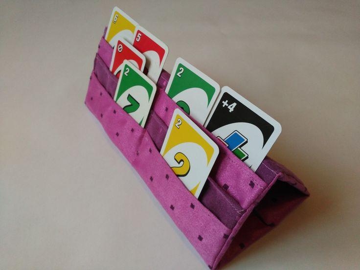 support pour cartes jouer bricolage pinterest support jouer et les jeux de cartes. Black Bedroom Furniture Sets. Home Design Ideas