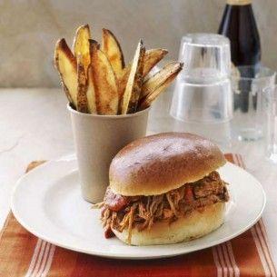 Pulled pork som hamburgare - Recept från Mitt kök - Mitt Kök | Recept | Mat | Vin | Öl