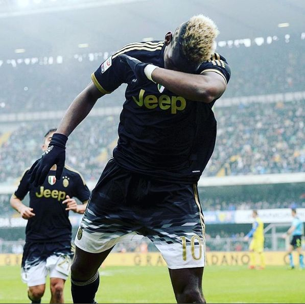 Paul Pogba hitter the Dab
