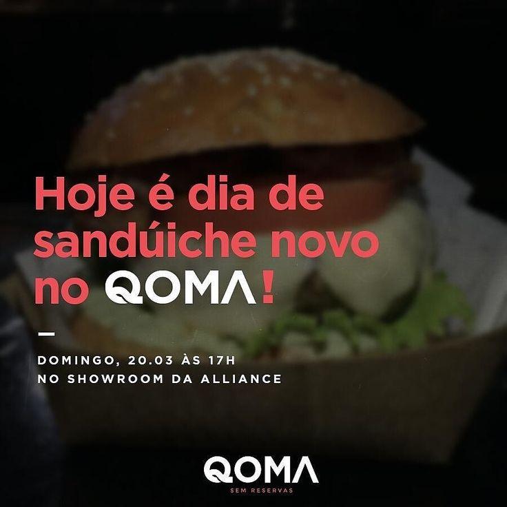 Hoje tem @qomafoodtrailer e com uma grande novidade! Hoje lançamos o Pork Pulled Sandwich sanduíche de carne de porco desfiada molho barbecue e coleslaw (salada de repolho)!  - Venha saborear! A partir das 17h no showroom da @allianceoficial. -  Cardápio de Hoje  Qdog  Qoma Burger  Pork Pulled Sandwich Tataki de Salmão  Lagosta com risoto de limão siciliano  Lagosta grelhada com coalhada seca  Brownie by qomafoodtrailer
