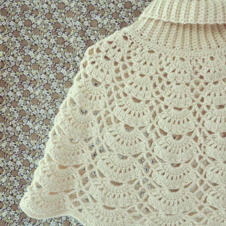25 best ideas about crochet cape on pinterest crochet. Black Bedroom Furniture Sets. Home Design Ideas