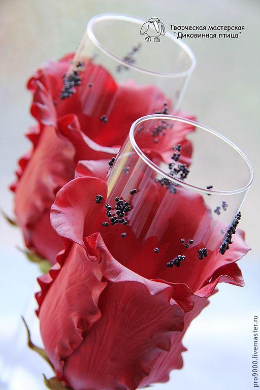 Свадебные бокалы ручной работы / Wedding glasses handmade #ручнаяработа #handmade #вдохновение #inspiration #art #свадьба #wedding