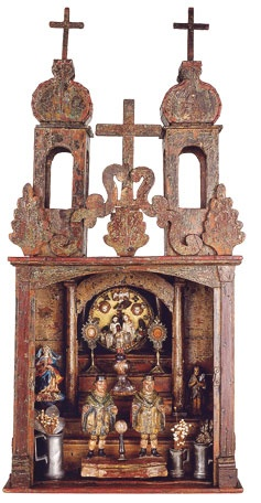 Ornate and old altar box (nicho)