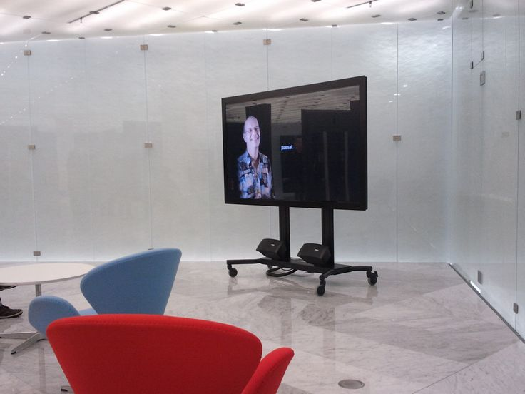 In entrance halls, STATIC monitors give a warm welcome to visitors while being integrated in perfect harmony within the interior design. - See more at: http://www.arthurholm.com/en/products/widescreen-monitors-Static/index.htm#sthash.DgWeOPuN.dpuf