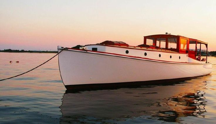 """1928 42Ft CLASSIC """"MAINE"""" YACHT HARDTOP PICNIC CRUISER """"TEMMA"""" $100,000 - BoatNation.com: Boats for Sale and Resource Directory"""
