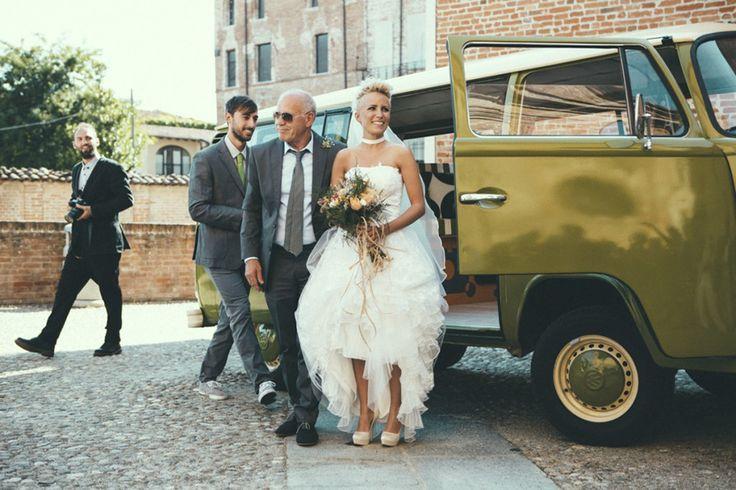 Bride In Stylish Bespoke Wedding Dress | Industrial Wedding | Destination Wedding | Italy | Intimate Reception | Images By Maria Bryzhko | http://www.rockmywedding.co.uk/lara-fabio/